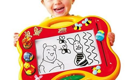 Ardoise magique Winnie l'ourson Tomy Megasketcher T6486
